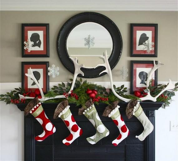 Gorgeous-Fireplace-Mantel-Christmas-Decoration-Ideas-_152