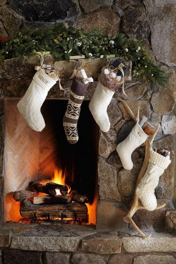Gorgeous-Fireplace-Mantel-Christmas-Decoration-Ideas-_162