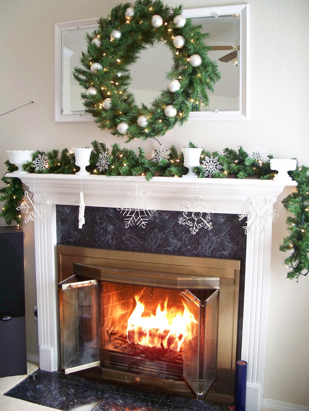 Fireplace Design fireplace christmas decorations : 50 Beautiful Fireplaces Mantels To Inspire You This Christmas
