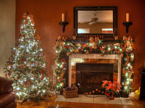 christmas fireplace decorations - How To Decorate A Fireplace For Christmas