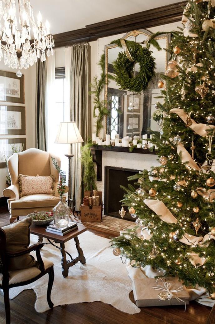 christmas-tree-dr-090023