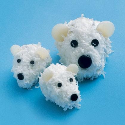 polar-bear-cubcakes-recipe-photo-420-FF0206EFCA01