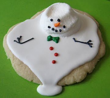 small melted snowman cookie
