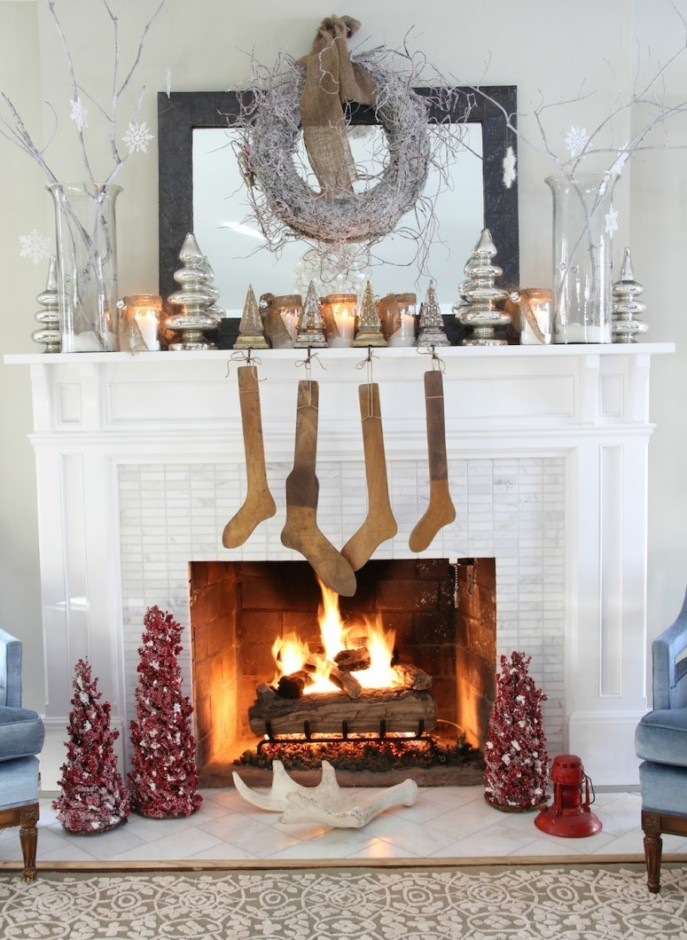 Winter Christmas Fireplace Mantel Decorations With Stockings And