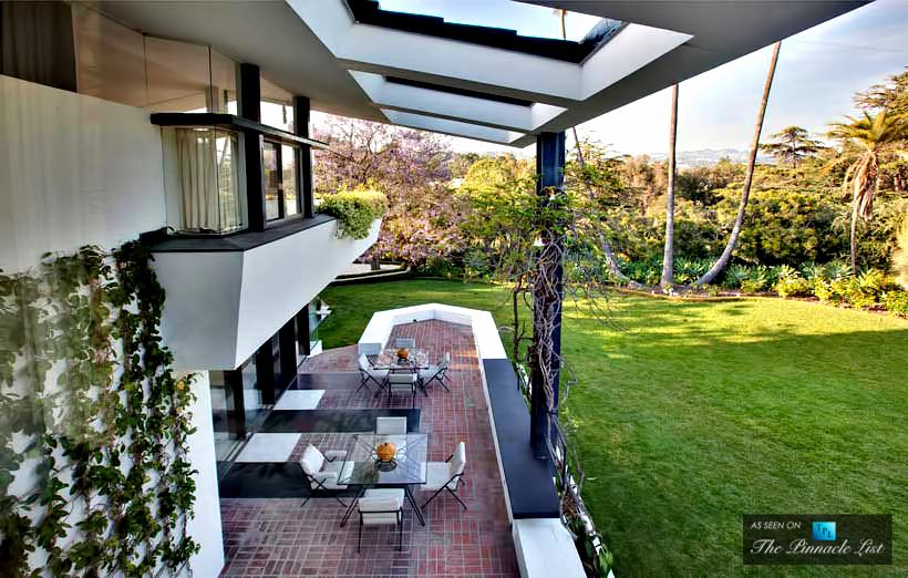 13-Ellen-DeGeneres-Brody-House-Residence-–-Holmby-Hills-Los-Angeles-CA