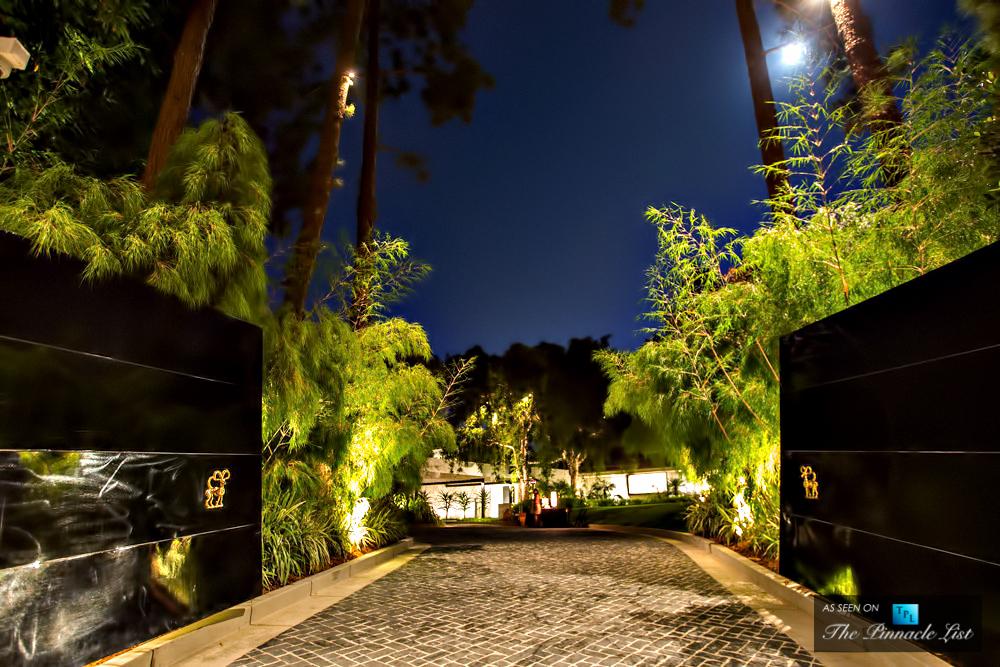 21-Ellen-DeGeneres-Brody-House-Residence-–-Holmby-Hills-Los-Angeles-CA