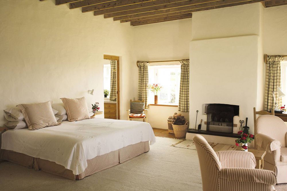 Angela Lansbury S Beautiful Cork Home