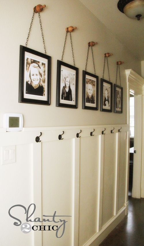 12 simple decor ideas for the hallway for Hallway wall decor