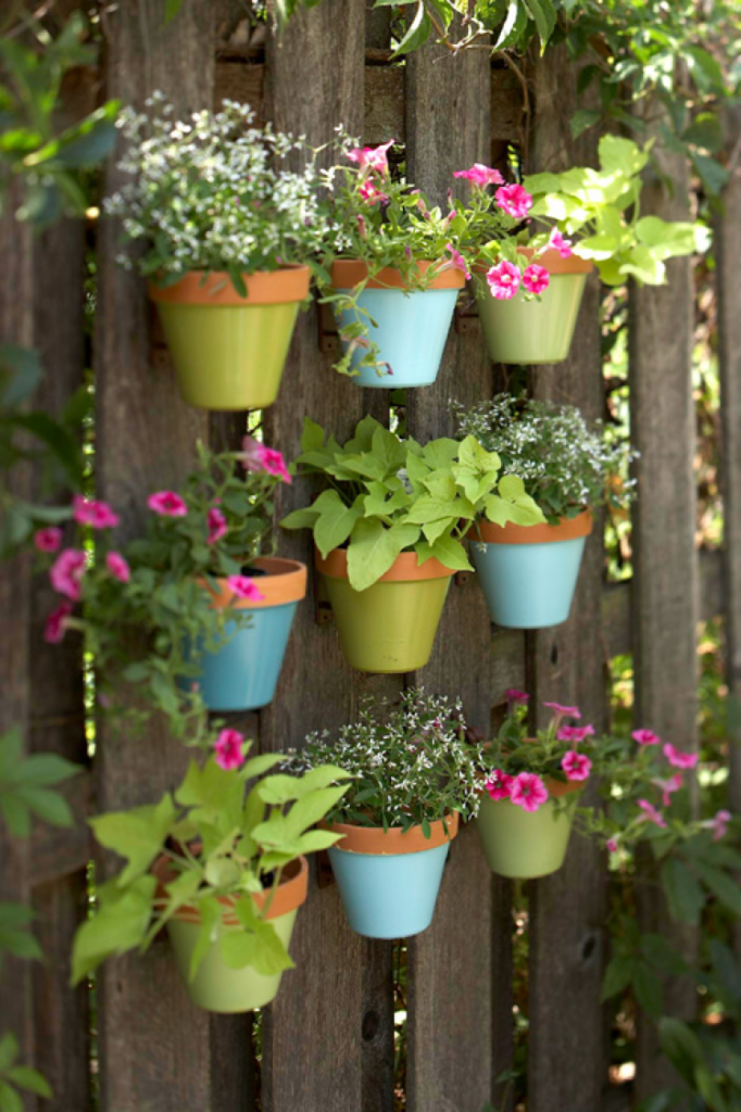 28 creative planter ideas for the garden - Flower planters for fences ...