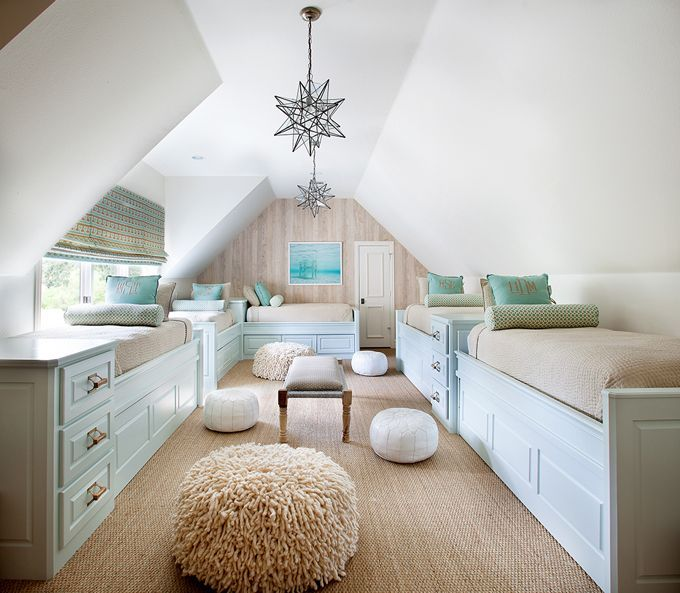 multiple-beds-attic