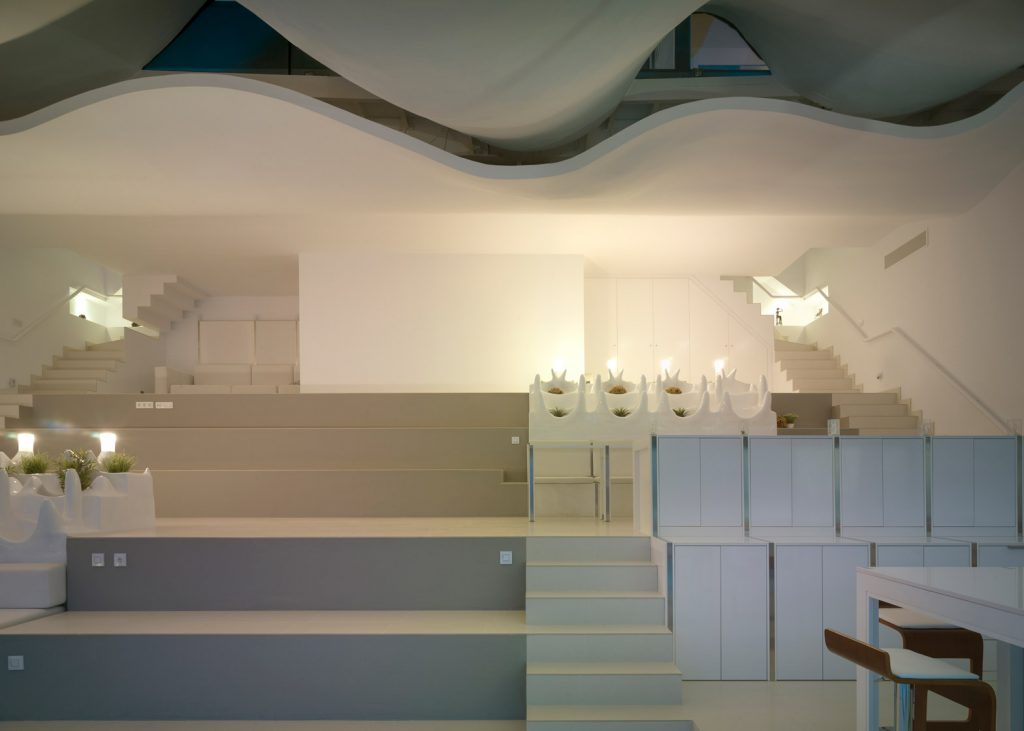 futuristic-residence-7-1