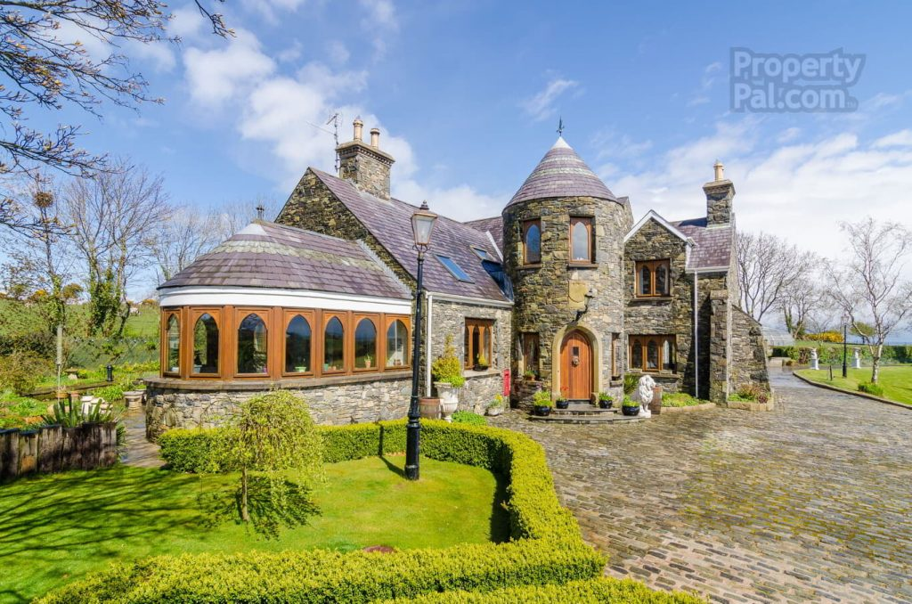 Property Pal these amazing homes in northern all features