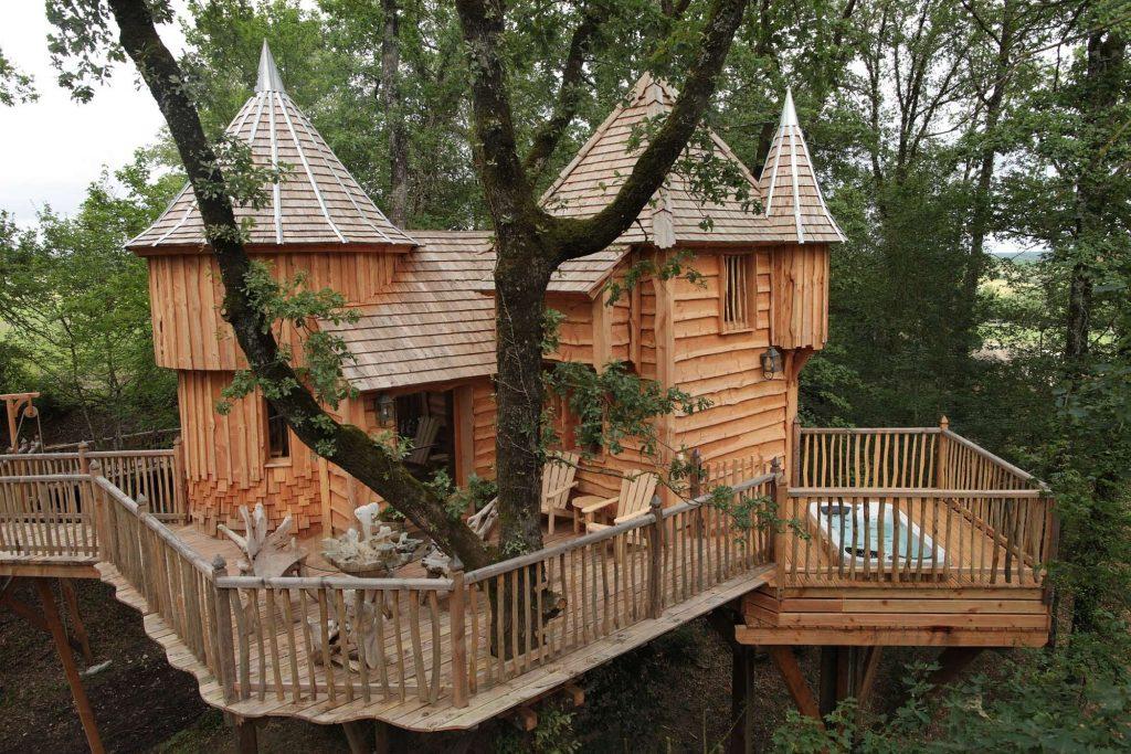 chateaux-dans-les-arbres-milandes2