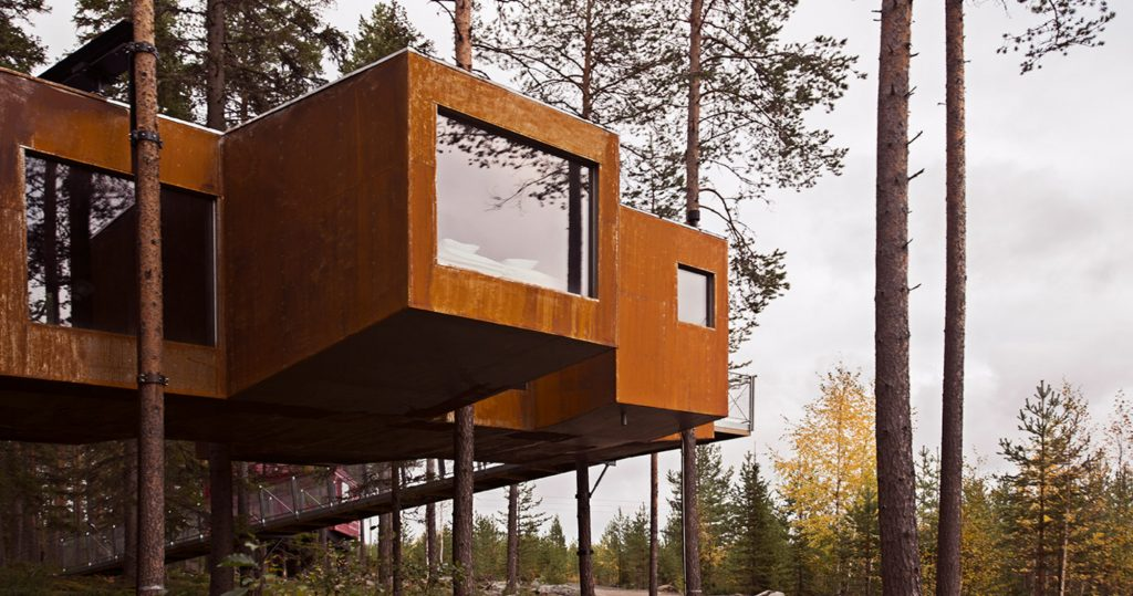 Dragon fly Tree House Sweden
