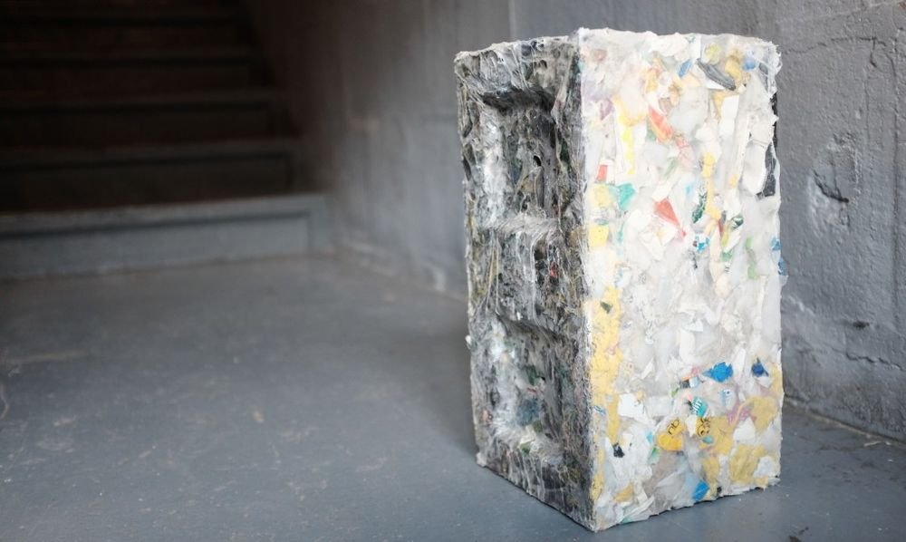recycled-plastic-bricks-byfusion-replast-ocean-trash-4