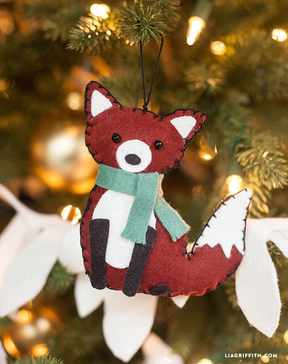 DIY Christmas decoration felt fox