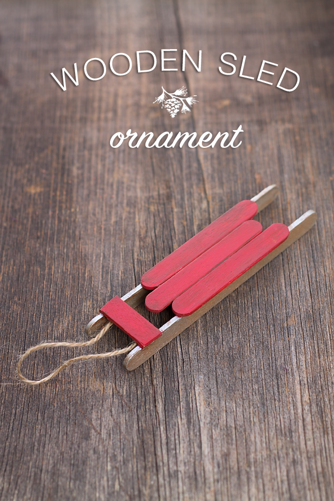 Cute Wooden Sled Christmas decoration