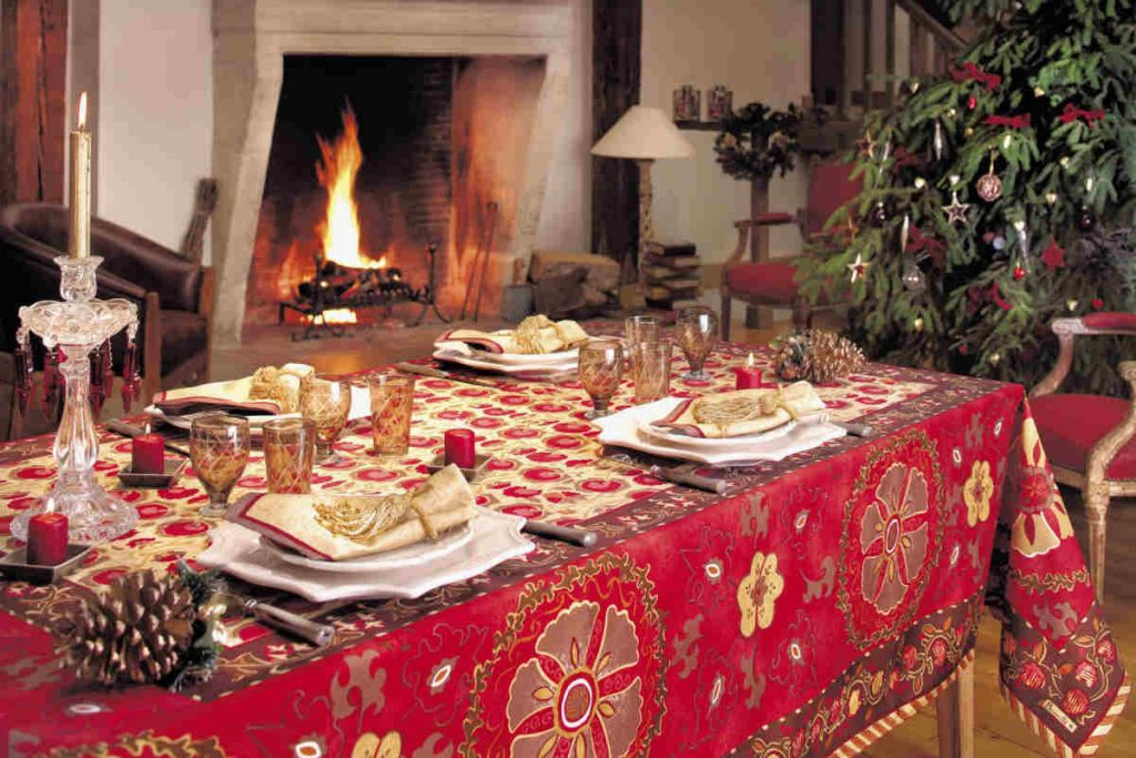 warm-minimalist-country-style-dining-room-design-decoration-ideas-for-joyful-christmas