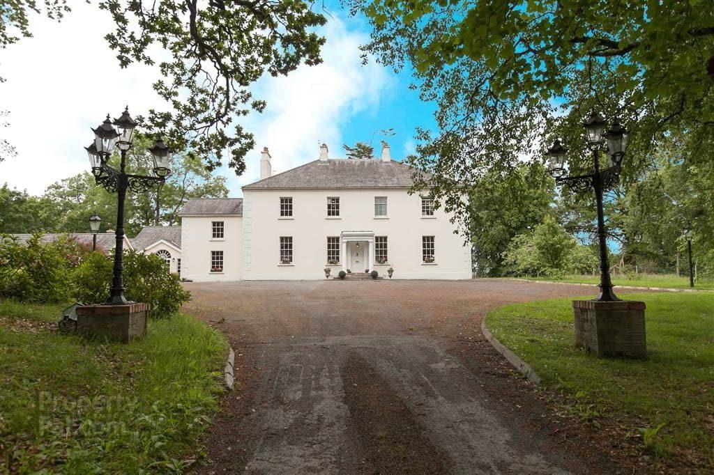 Belvedere House, 228 Ballylesson Road, Drumbo, Lisburn