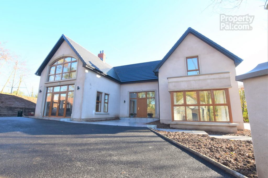 9 Lissenderry Road, Aughnacloy