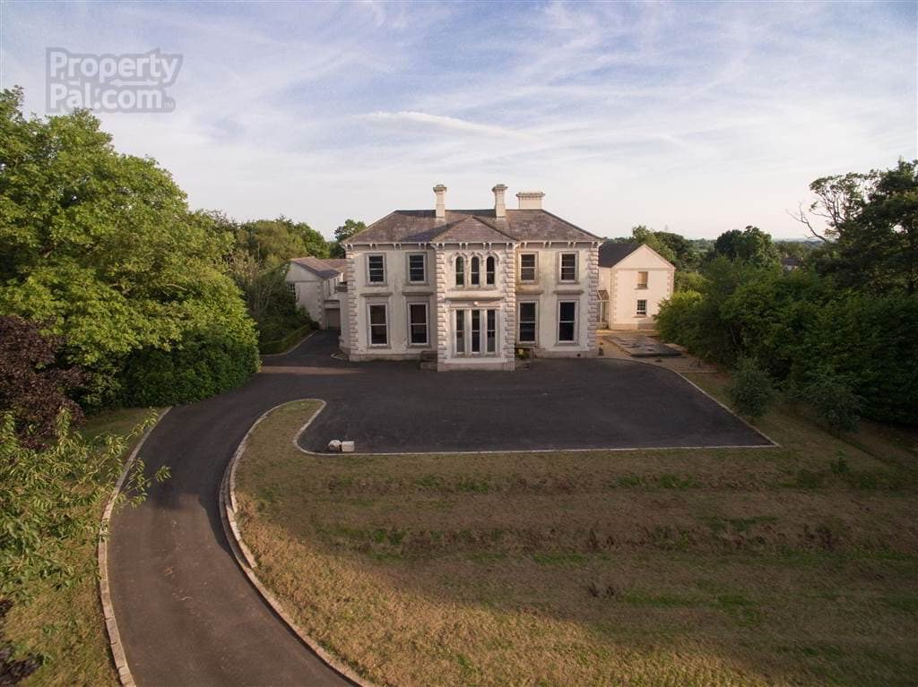 Lakeview House, 194 Gilford Road, Lurgan